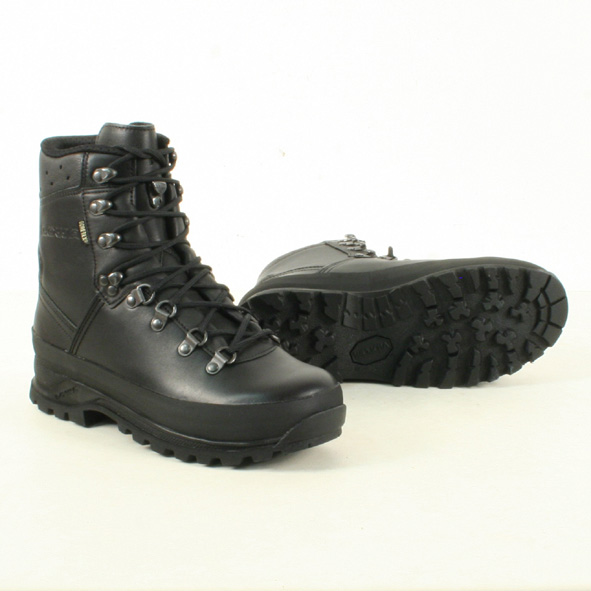 1a6491a4ec6 Lowa Mountain GTX Gore-Tex Boots Black